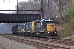 CSX C946-05 With 5 Geeps Gunning It